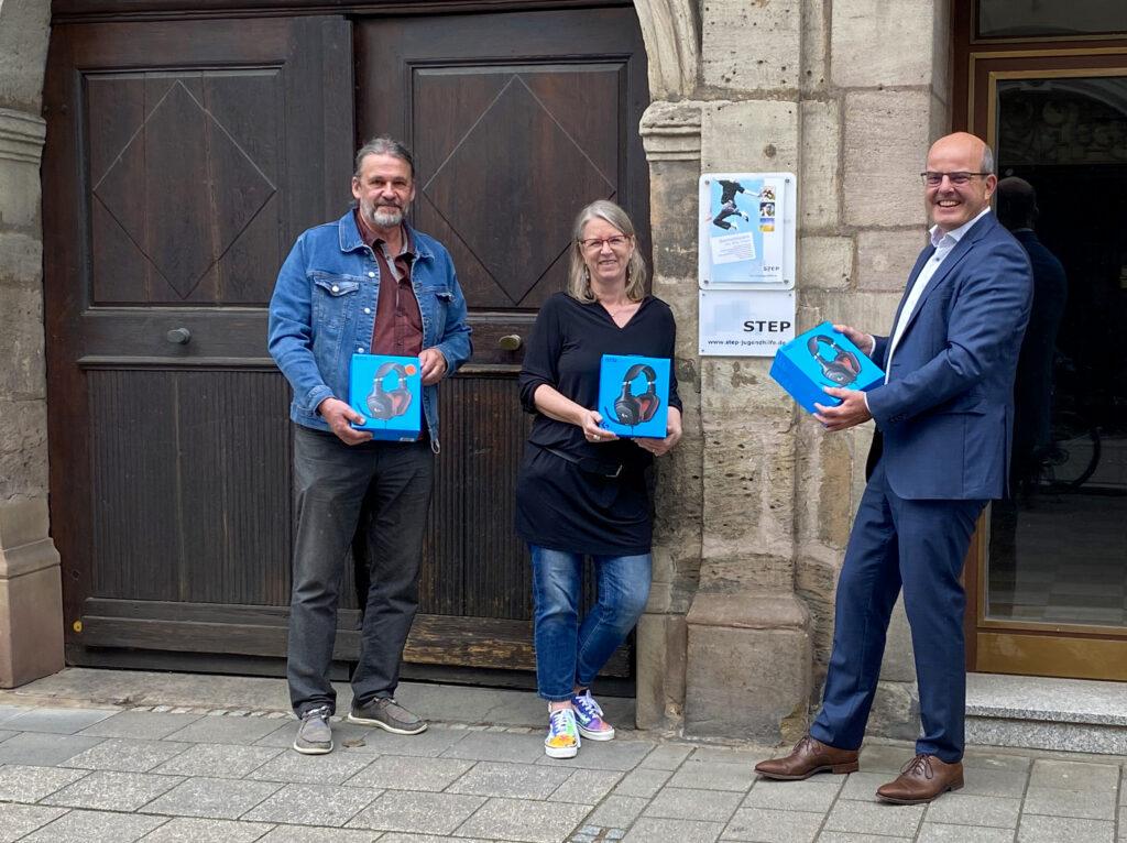 Rotary Erlangen-Schloss unterstützt digitale Teilhabe in der Jugendarbeit